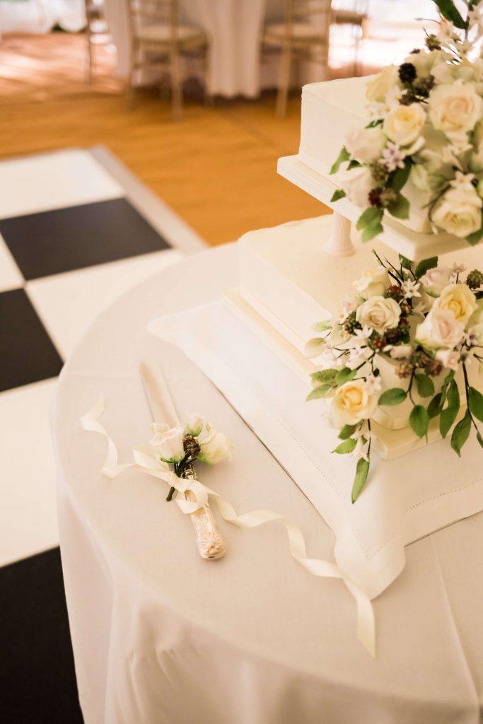 marquee wedding wedding cake