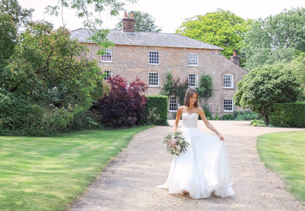 A rural idyllic private Berkshire Wedding Venue set in stunning countryside