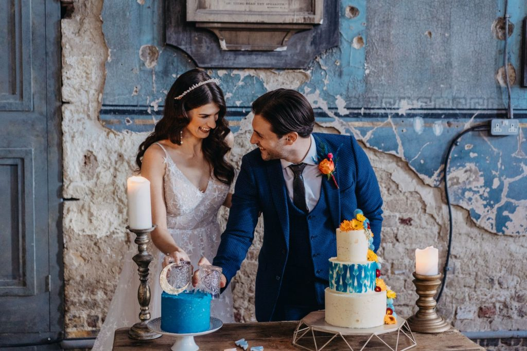 Cutting the cake on your wedding date